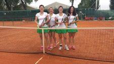 Tennis: Ladies in semifinale e tabelloni dei campionati a squadre