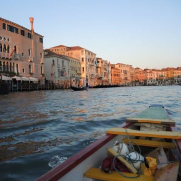 Escursione serale a Venezia in Dragon Boat